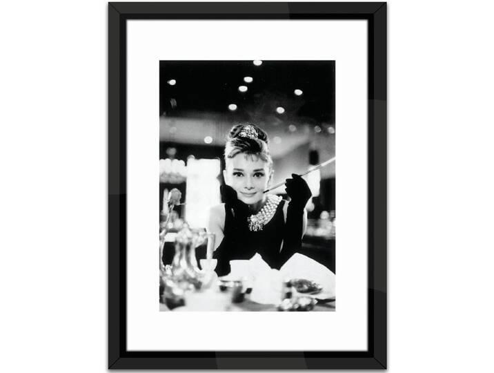 Audrey Hepburn Framed Photographic Print Weiß