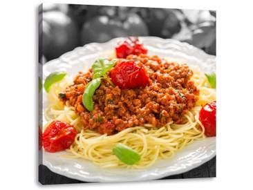 LeinwandbildSpaghetti Bolognese auf dem Teller