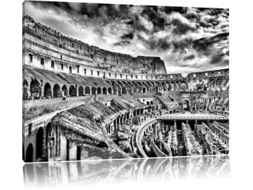 Leinwandbild Kolosseum in Rom von innen in Monochrom