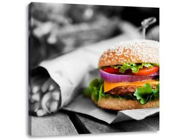 LeinwandbildPerfekter Burger mit Pommes