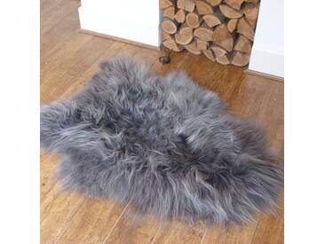 Teppich Xzavier aus Schaffell in Grau