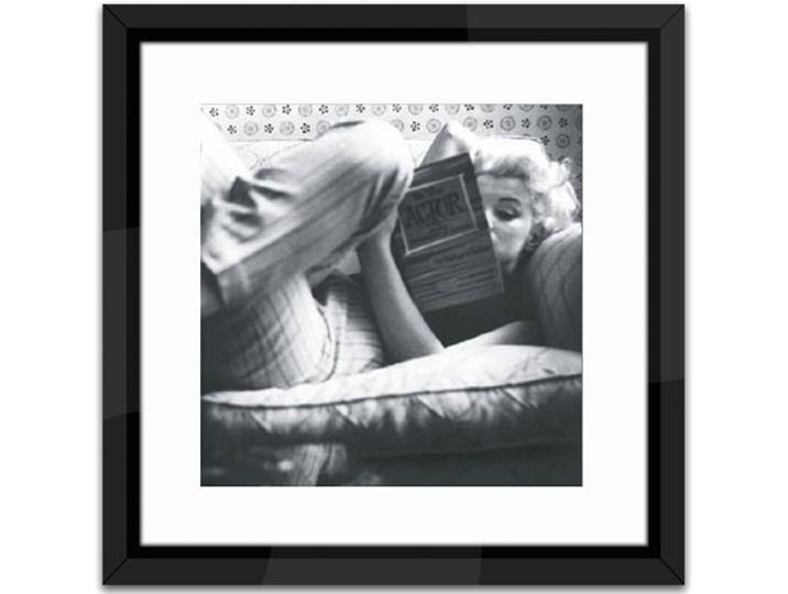 Marilyn Monroe Relaxing Framed Photographic Pri...