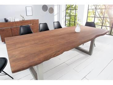 Massiver Baumstamm Tisch MAMMUT 240cm hellbraun Akazie Massivholz Industrial Chic Kufengestell mit 6 cm dicker Tischplatte Baumtisch
