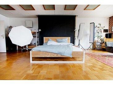 NATURE ASH BED - Esche und Stahl