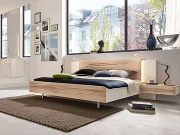 Thielemeyer Cero Massivholz Bett in Wildkernbuche und matt weiß lackierten Massivholzflächen. Verschiedene Breiten und wahlweise mit Beleuchtung, sowie optionalen Nachtkonsolen.