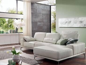 Willi Schillig weißes Ecksofa in Leder Sixty-SiXx 16550 Kombination bestehend aus: Sofa groß und Longchair mit Sitztiefenverstellung und chromglänzenden Metallfüßen inklusive einem Rückenkissen, ein Seitenteilkissen & ein Nierenkissen
