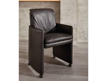 Willi Schillig Einzelsessel Lounge 11752 Sessel Type M für den Ess- & Wohnbereich in einem schwarzen Glattleder Z62_54 Farbton Zartbitter mit schwarzen Parkettrollen