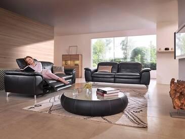 Willi Schillig 2 Ledersofas Sinaatra 33120 2-Sitzer in schwarzem Leder + glänzenden Metallfüßen ein Sofa ca. 216 cm breit mit elektrischer Kopfstützenverstellung + einer ergoslide-Funktion am linken Sitz und ein Sofa ca. 196 cm breit mit manueller Kopfstützenverstellung