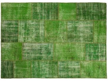 Ecrin: 150cm x 200cm Grüne Vintage Patchwork Teppiche Handgefertigt aus alten Perserteppiche