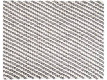 Kukee - rechteckig: 100cm x 140cm Weiß Grau Rechteck Balls Woolen Filz-Teppich auf Verkauf, Filzkugeln
