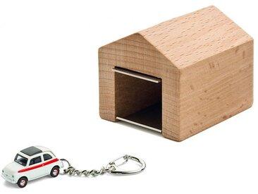 Schlüsselanhänger Fiat 500 Sport mit Garage Corpus delicti weiß, Designer André Rumann, 4.4x4.6x5 cm