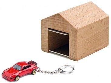 Schlüsselanhänger Porsche 934 RSR mit Garage Corpus delicti rot, Designer André Rumann, 4.4x4.6x5 cm