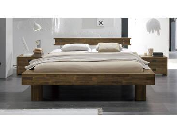 Massivholzbett Buena in 200x200 cm, Braun, mehr Farben und Größen auf Betten.de