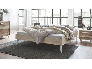 Massivholzbett Ranua in 200x210 cm, Braun, mehr Farben und Größen auf Betten.de