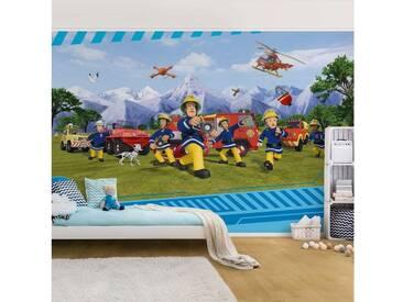 Bilderwelten Fototapete Vliestapete Premium Breit »Feuerwehrmann Sam - Allzeit bereit«, bunt, 190x288 cm, Farbig