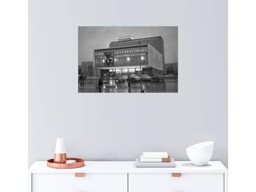 Posterlounge Wandbild - Manfred Uhlenhut »Kino International an der Karl-Marx-Allee«, grau, Leinwandbild, 90 x 60 cm, grau