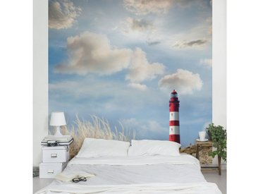Bilderwelten Vliestapete Premium Quadrat »Leuchtturm in den Dünen«, blau, 192x192 cm, Blau