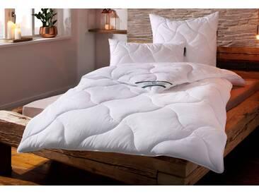 f.a.n. Frankenstolz Kunstfaserbettdecke, »Wellness für die Haut«, warm, Bezug: 100% Baumwolle, (1-tlg), Bezug Baumwolle, weiß