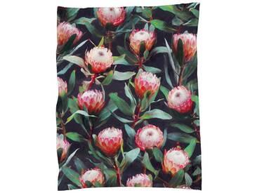 Juniqe Wohndecke »Evening Proteas in Color«, sehr weich und kuschelig, rot, Kunstfaser, rot-grün