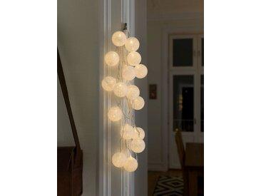 KONSTSMIDE LED Dekolichterkette, Baumwollkugeln, groß, weiß, Lichtquelle warm-weiß, Weiß