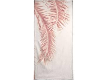Juniqe Strandtuch »Rose Palm Leaves«, Weiche Frottee-Veloursqualität, weiß, Frotteevelours, weiß-rosa